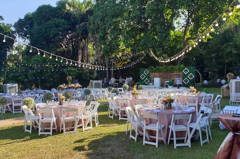 Say 'I Do' To A Big Wedding This 2021-2022 1