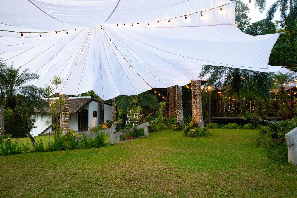 Parachute tent paradiso